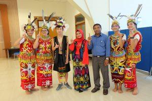 SMP Vidatra Borong Juara di FLS2N Kota