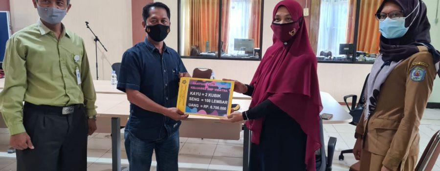 SMP YPVDP Peduli Kebakaran Pasar Lhoktuan